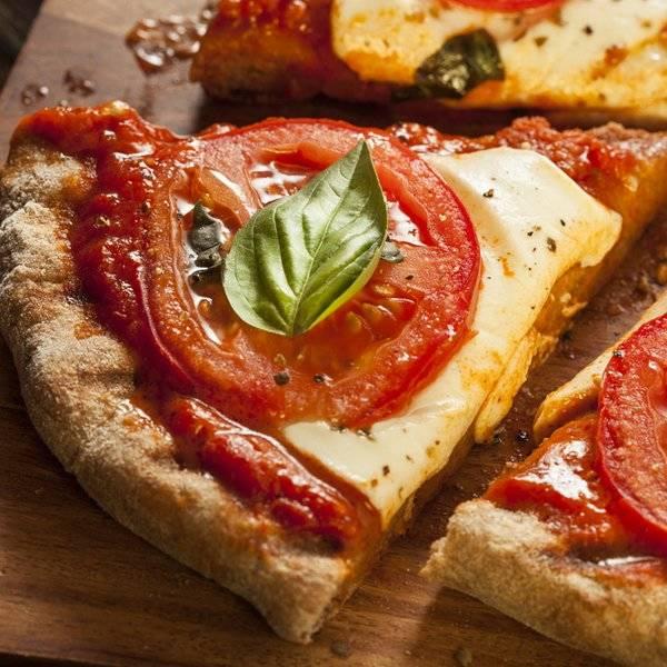 بالصور طريقة عمل بيتزا هت الجديدة , خلطات مميزة للبتزا 300