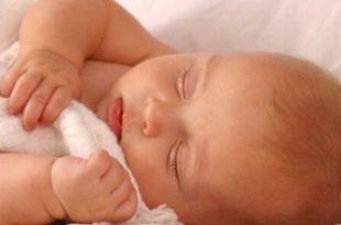 صورة علاج الزكام عند الرضع حديثي الولادة , علاجات سريعة للزكام
