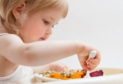 بالصور اكلات تسمن الاطفال في اسبوع , طفلتك نحيفة اليك الحل 376