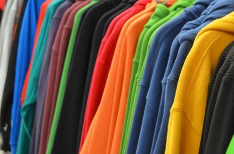 صوره تفسير حلم الملابس الجديدة للحامل , تعبير رؤيا شراء لبس جديد للحمل