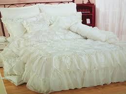 بالصور صور افخم اغطية سرير للعروسة , احدث الاغطية للزواج 2019 689 10