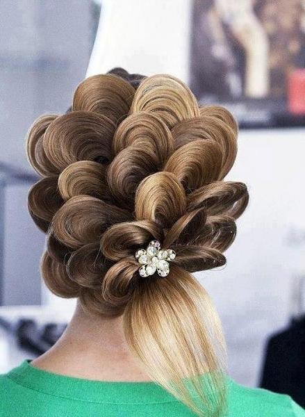 بالصور تسريحات شعر سهلة للاعراس , ابسط التسريحات و اجملها مناسبة للاعراس 779 6