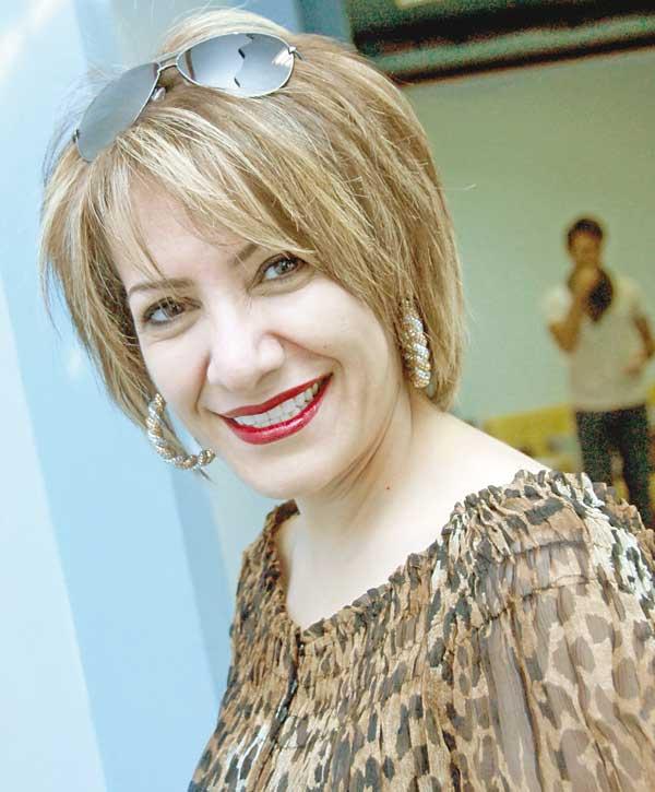 بالصور قصات شعر هدى حسين , اجمل صور لقصات الشعر للفنانة العراقية 797 3