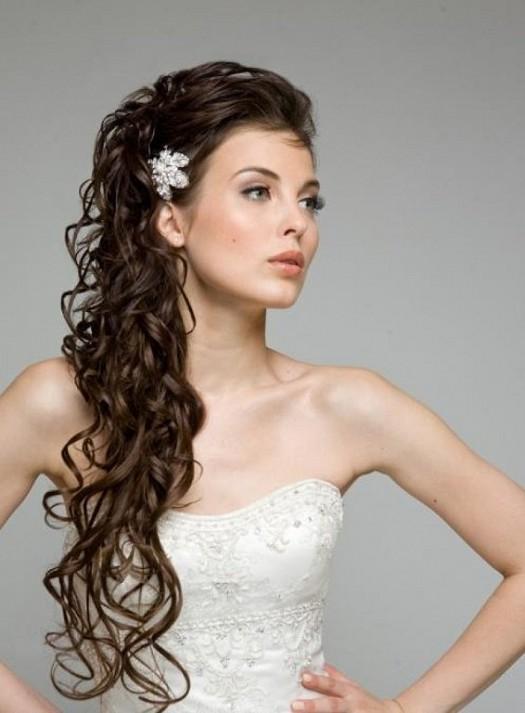 صور تسريحات ويفي للعرايس , اجدد لوكات العرائس فى 2019