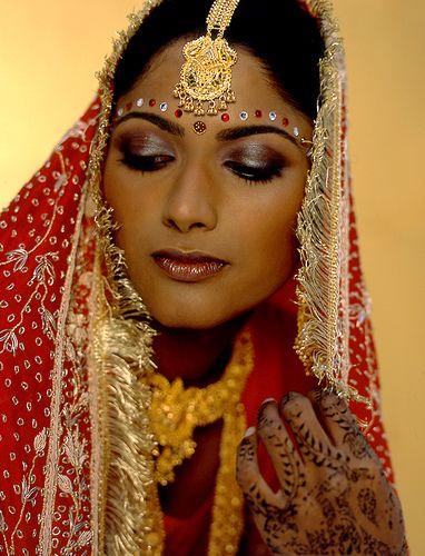 بالصور تسريحات عرايس هنديه , اجمل تسريحات الهنديات ليلة العرس 820 2