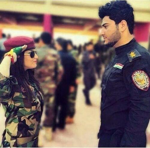 بالصور صور عسكري مع حبيبته , جندي مع خطيبته 1001 5