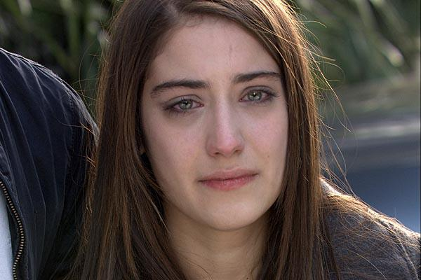 صوره صور الى فريحة وهي حزينة , لحظات حزن و بكاء النجمة فريحة