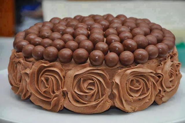 بالصور صورة تورتة شوكولاته , صور تورتة اعياد ميلاد بالشيكولاتة 1049 3