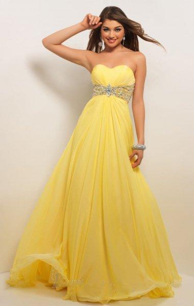 صورة فساتين باللون الاصفر , فساتين مبهرة لونها اصفر