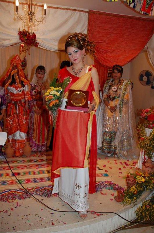 بالصور ملابس تقليدية للعيد , اجمل اشكال اللباس التقليدى 1161 9