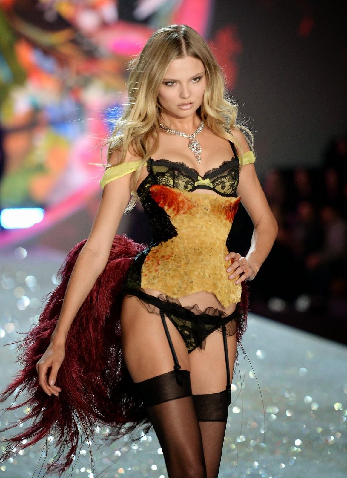 صوره عارضات ازياء داخليه عرض ازياء ملابس داخلية , اشهر ماركات الملابس الداخلية للنساء