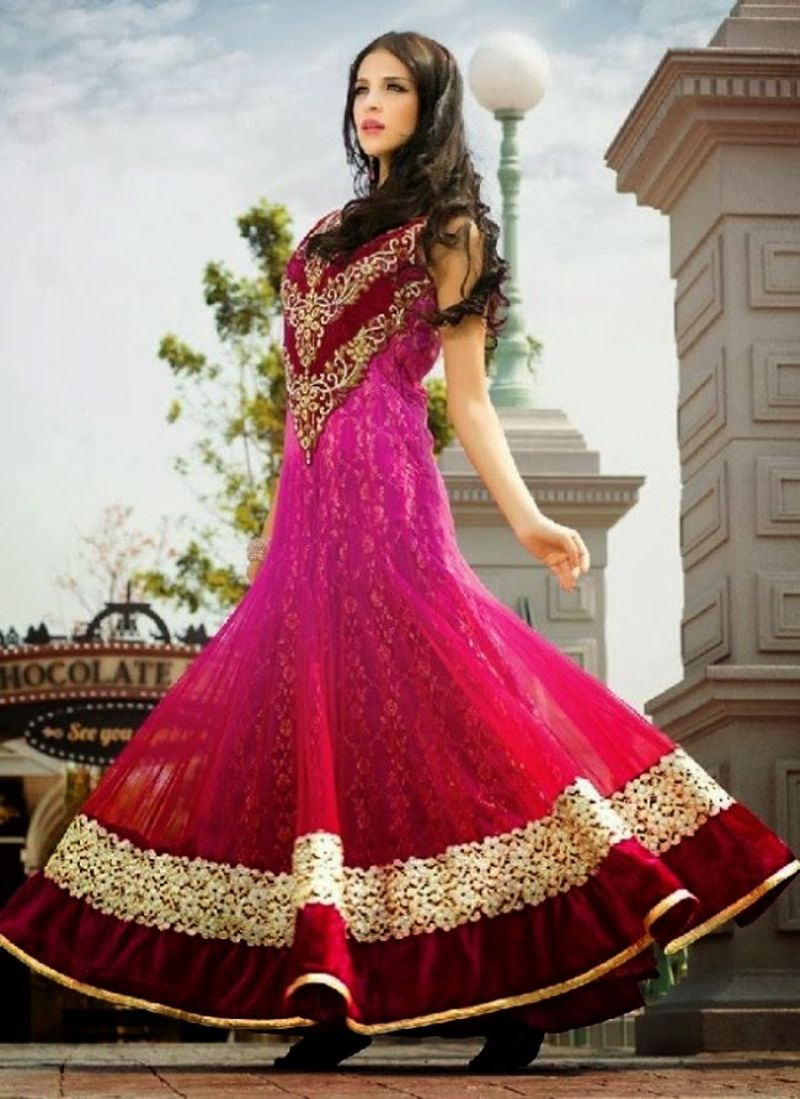 بالصور ازياء هندية للاعراس , اجمل اطلالات العرائس فى الهند 1170 1