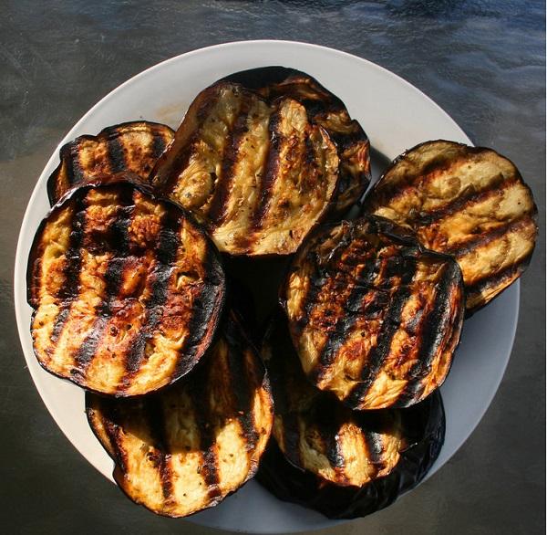بالصور اكلات الباذنجان بالصور , تعالى اعلمك تعملى اطباق شهية باقل التكاليف 1406 9