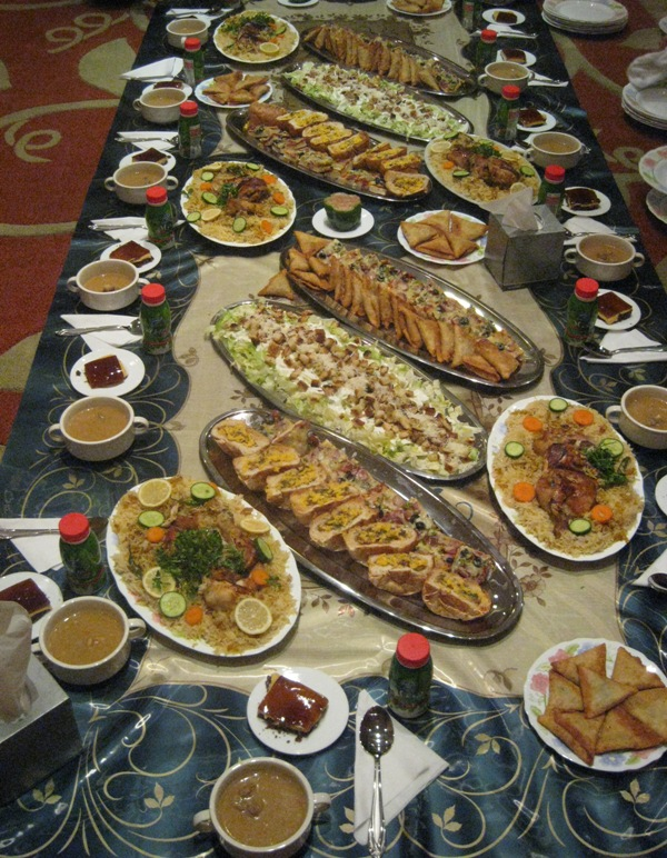 بالصور صواني عشاء فخمه صينية حلى عشاء بالصور سهله ولذيذه , قدمى لعيلتك الذ الاكلات كل يوم 1421 1