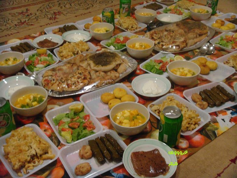 بالصور صواني عشاء فخمه صينية حلى عشاء بالصور سهله ولذيذه , قدمى لعيلتك الذ الاكلات كل يوم 1421 9