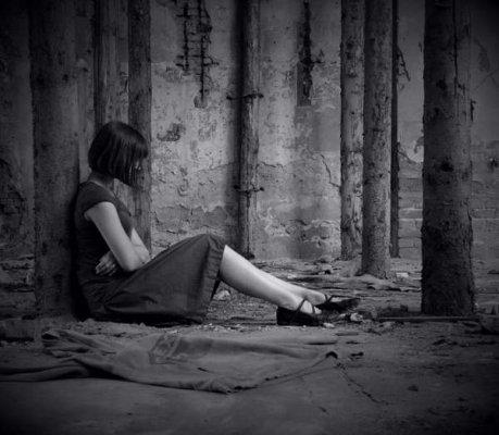 بالصور صور شباب حزينه , احساس الوحدة يؤلم صاحبه 1645 4