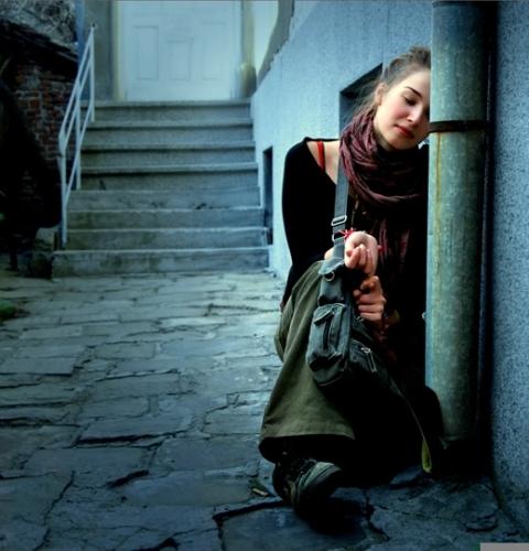 بالصور صور فتاة حزينة , الكابة و الانكسار فى احاسيس بنت 2757 3