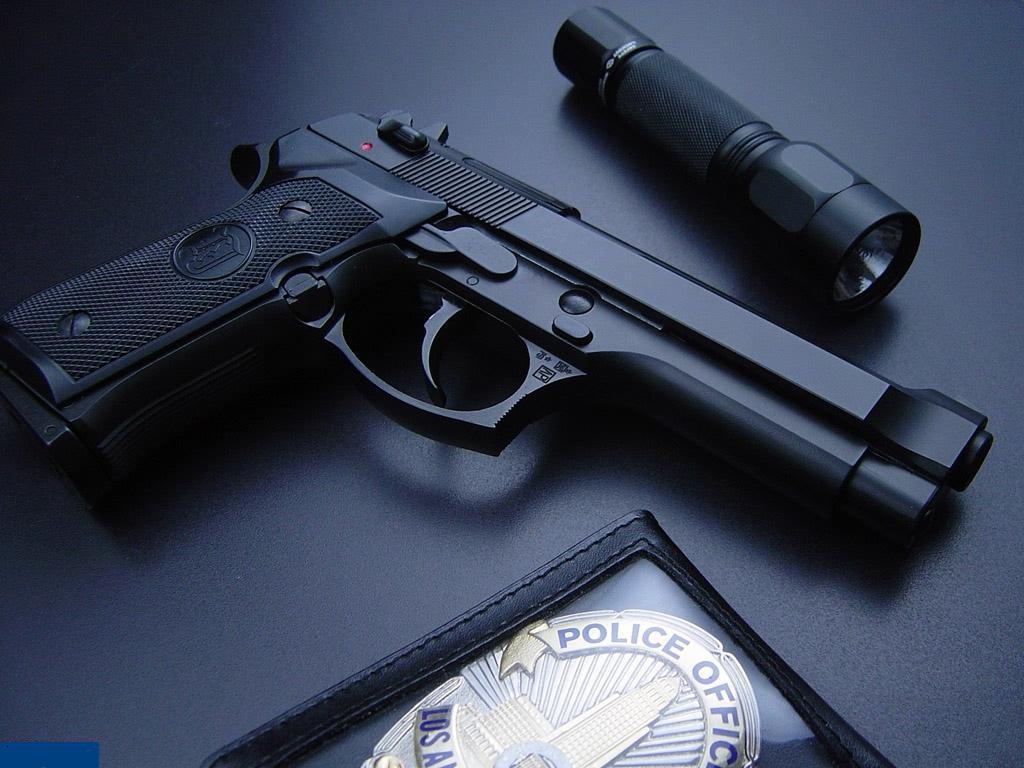 بالصور صور مسدسات للفيس احلى تحية مني , لمحبي الاسلحة النارية 980 3