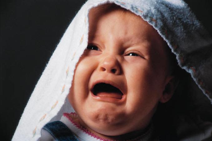 بالصور صور طفل يبكي , عياط العيال بيقطع القلب 2214 8