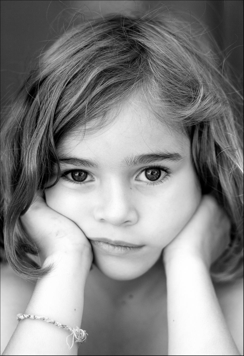 صوره صور بنت زعلانه , قلب البنات حساس من الزعل