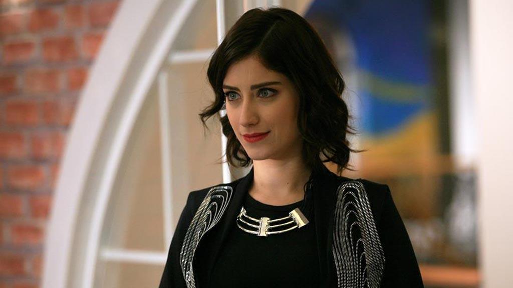 بالصور صور هازال كايا , ارقى نجوم الدراما التركية 2533 2
