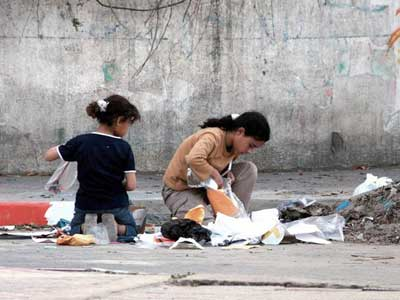 بالصور صور عن الفقر , افظع مناظر عن الحياة الصعبة 2582 7