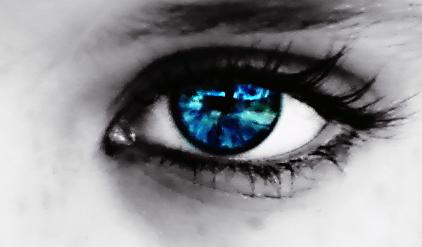 بالصور صور عيون زرقاء , صفاء البحر فى عيونك الحلوة 2633 3