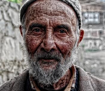 بالصور صور رجل عجوز , يا رب ارحمنا فى الكبر و قوينا 2637