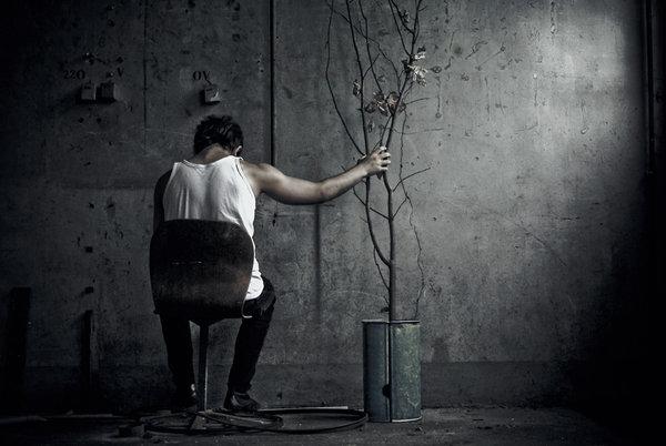 بالصور صور رجل حزين , اشكال تصعب عليك من قسوتها 2646 6