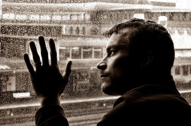 بالصور صور رجال حزينه , الزعل و الكابة مع الرجالة حاجة تانية 2732 4