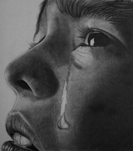 بالصور صور دموع حزينه , اة من النواح و الاهات انكسر معهم قلبي 2012 4
