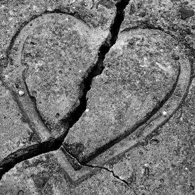 بالصور صور قلب مكسور , من كتر الالم و الوجع انكسرت اوي 2115 8