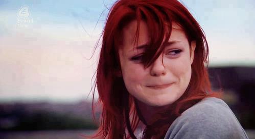 صورة صور بنت حزينه , امسحي دموعك و قولي يارب