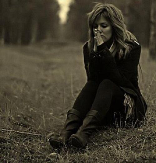 بالصور صور بنت حزينه , امسحي دموعك و قولي يارب 2369 2