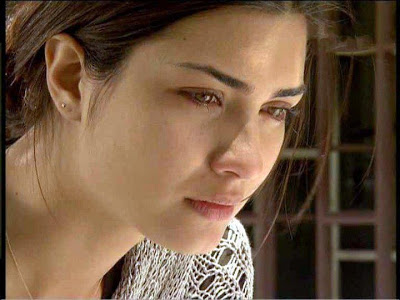 بالصور صور بنت حزينه , امسحي دموعك و قولي يارب 2369 6