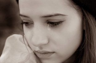 صورة افخم كولكشن صور بنات حزينة جدا , فخامة انثوية نسائية