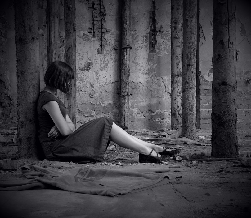 بالصور افخم كولكشن صور بنات حزينة جدا , فخامة انثوية نسائية 3254 5