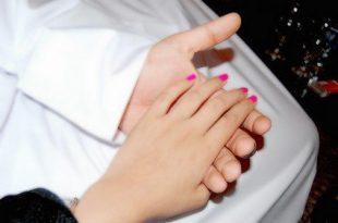 صورة صور ايادي رومنسية , صور يدين وكفوف تعبر عن الحب