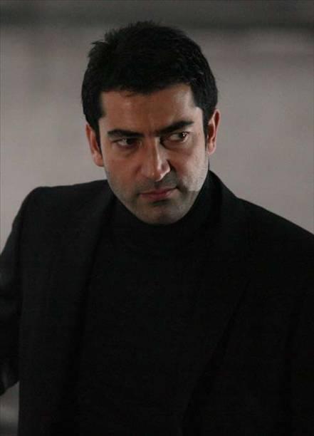 بالصور صور عمار كوسوفي , خلفيات حلوة للممثل التركي 1094 4