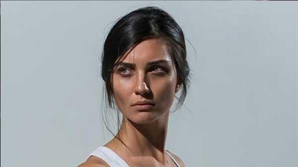 صوره صور لميس الجديدة 2019 , بوستات للممثلة التركية الجميلة