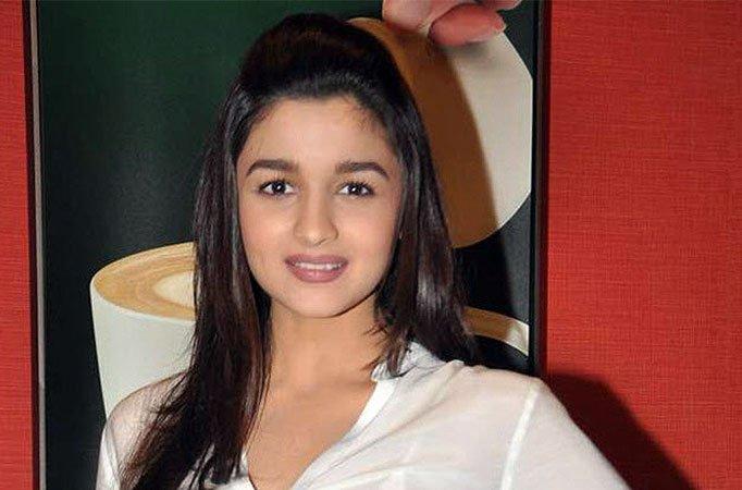 بالصور صور عليا بهات , جميلات الهند 2116 9
