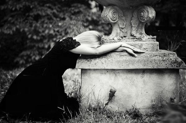 بالصور صور فراق حزينه , بعدك عني اثر فية وكسر قلبي 2324 8