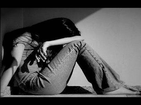 بالصور صور حزينه بدون كلام , متشليش في قلبك كتير قول يارب 2353 5