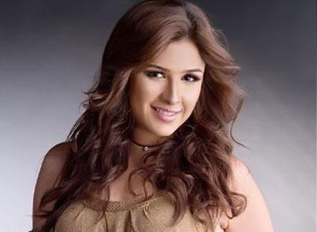 بالصور صور ياسمين عبد العزيز , الفنانة الشقية وطلاتها الساحرة 2402 9