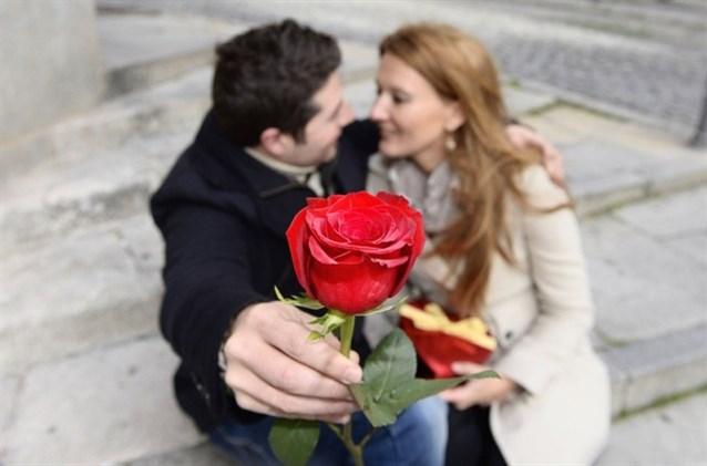صورة صور عن عيد الزواج , حبيبي كل عام واحنا ديما في سعادة و حب