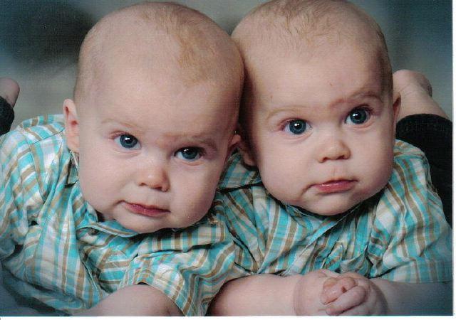 صور اطفال توام اولاد وبنات تونز غاية في الجمال نايس