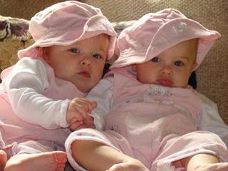 بالصور صور اطفال توام , اولاد وبنات تونز غاية في الجمال 2439 5