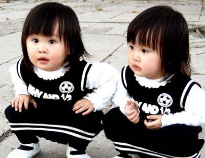 بالصور صور اطفال توام , اولاد وبنات تونز غاية في الجمال 2439 7