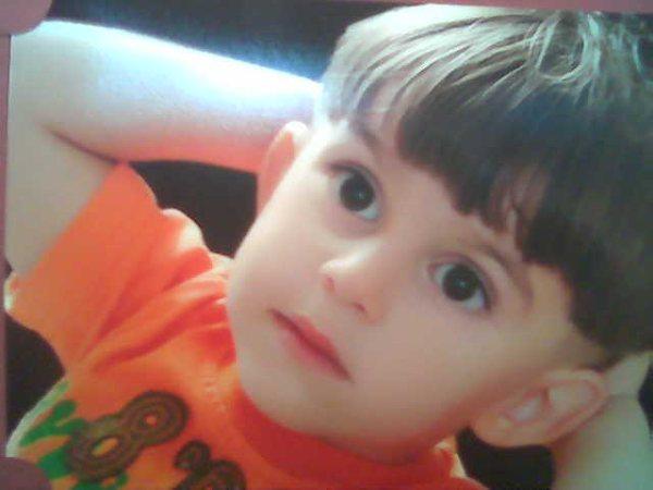 بالصور صور اطفال حلوين , طعامة و جمال البيبيهات الصغيرين 2484