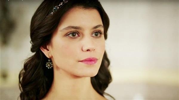 بالصور صور بيرين سات , الجمال التركى و الموهبة الحقيقية 2527 5